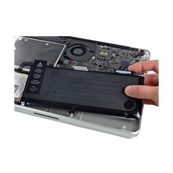 Průhledný plastový kryt na iPhone 5
