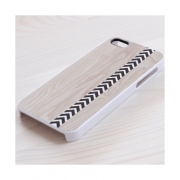 Another Case for iPhone 4/4S - Ethnic pattern